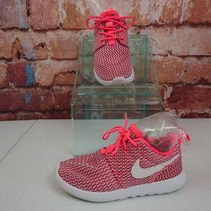 Nike Roshe One Little Kid'sSneakers Pink/White 13